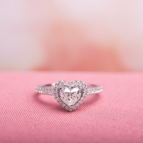 Miadora 14k White Gold 1ct TDW Diamond Heart Ring. Opens flyout.