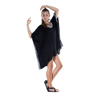 1 World Sarongs Women's Black and Feline Poncho (Indonesia)
