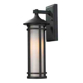 Z-Lite Traditional Outdoor Wall Light