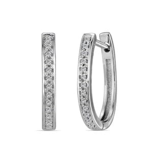 10k White Gold Children's Diamond Accent Elegant Hoop Earrings (H-I, I1-I2)