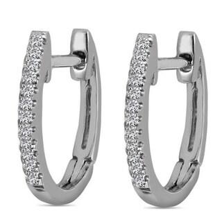 AALILLY 10k White Gold Children's Diamond Accent Oval Hoop Earrings (H-I, I2-I3)