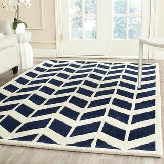 Safavieh Handmade Moroccan Chatham Zigzag-pattern Dark Blue/ Ivory Wool Rug (5' x 8')