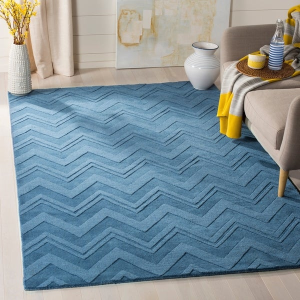 Safavieh Handmade Impressions Blue Wool Rug - 7'6 x 9'6