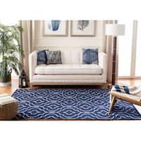 Safavieh Hand-woven Moroccan Reversible Dhurries Navy/ Ivory Wool Rug - 6' Square