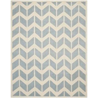 Safavieh Handmade Moroccan Chatham Chevron-pattern Blue/ Ivory Wool Rug (8' x 10')