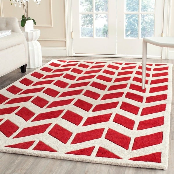 Safavieh Handmade Moroccan Chatham Red/ Ivory Wool Rug