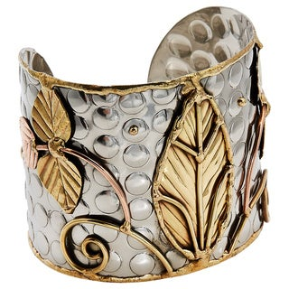 Handcrafted Solitary Leaf Stainless Steel Mixed Metals Cuff Bracelet (India)