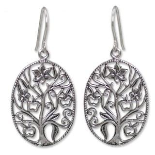 Handmade Sterling Silver 'Flowing Tree' Earrings (Thailand)