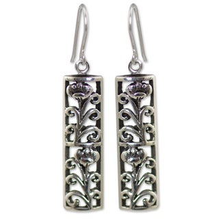 Handcrafted Sterling Silver 'Spring Blossom' Earrings (Thailand)