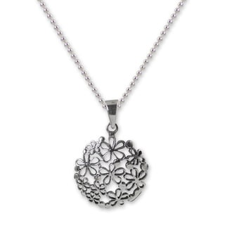 Handcrafted Sterling Silver 'Hydrangea' Necklace (Thailand)