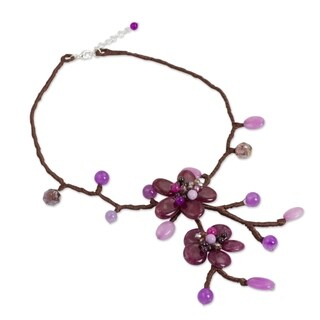 Handmade Quartz 'Burgundy Bouquet' Garnet Necklace (Thailand)