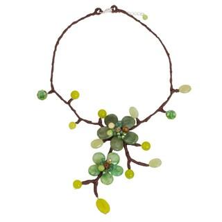 Handmade Quartz 'Forest Bouquet' Carnelian Necklace (Thailand)