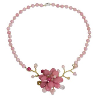 Handcrafted Silver Plated 'Rose in Bloom' Quartz Necklace (Thailand)
