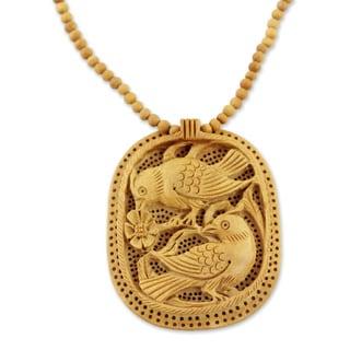 Handcrafted Kadam Wood 'Playful Birds' Necklace (India)