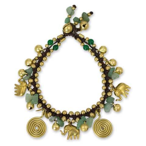 Handmade Brass 'Splendor of Siam' Aventurine Quartz Bracelet (Thailand) - Green