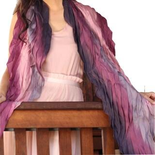 Handmade Rayon Silk Blend 'Rose Moment' Batik Scarf (Thailand)