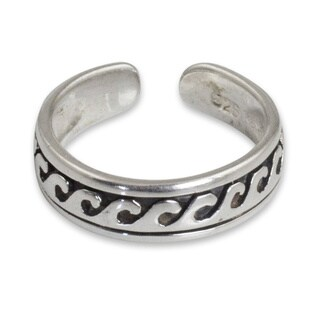 Handmade Sterling Silver 'Beach Beauty' Toe Ring (Thailand)