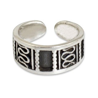 Handcrafted Sterling Silver 'Many Paths' Toe Ring (Thailand)