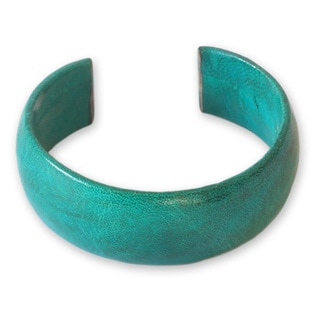 Hand-crafted Leather 'Annula in Sea Green' Cuff Bracelet (Ghana)