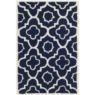 Safavieh Handmade Moroccan Chatham Rectangular Dark Blue/ Ivory Wool Rug (2' x 3')