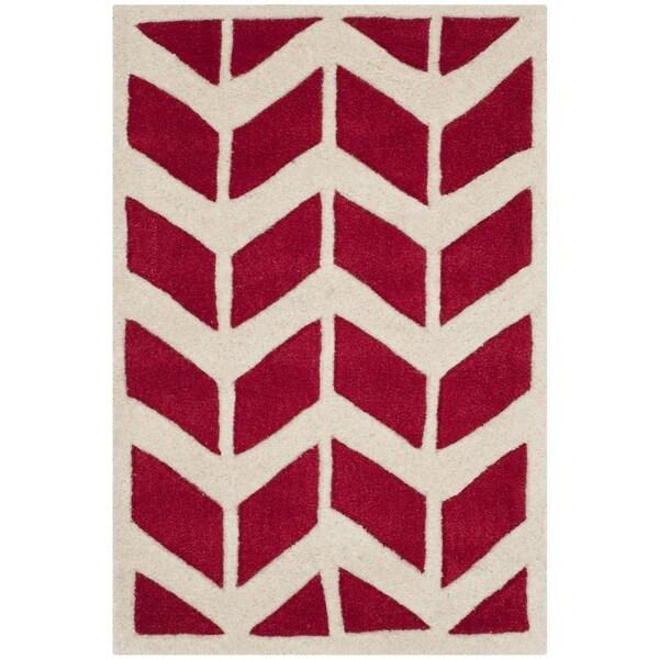Safavieh Handmade Moroccan Chatham Red/ Ivory Wool Rug - 2' X 3'