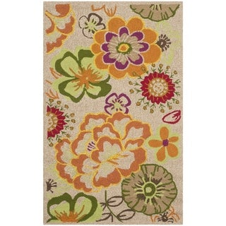 Safavieh Hand-Hooked Four Seasons Ivory / Green Polyester Rug - 2'6 x 4'