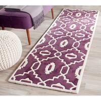 "Safavieh Handmade Moroccan Chatham Purple/ Ivory Wool Rug - 2'3"" x 7'"