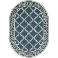 Safavieh Hand-hooked Chelsea Navy/ Cream Wool Rug - 4'6 x 6'6