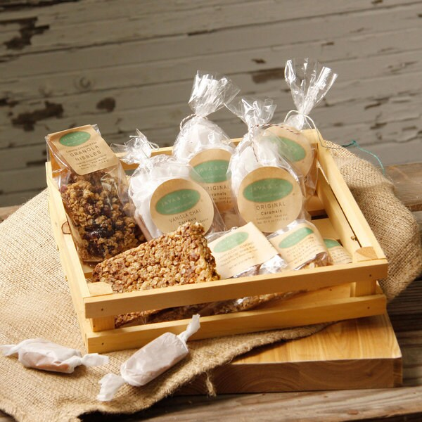 JAVA & Co. Signature Sweets & Snacks Gift Crate