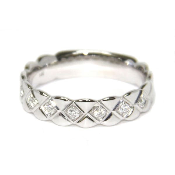 Neda Behnam 14k White Gold 1/10ct TDW Diamond Quilted Band (H-I, SI1-SI2)