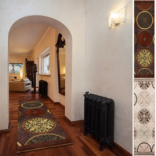 Hand-woven Modoc Geometric Area Rug (2'6 x 7'10)
