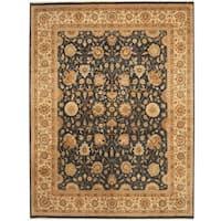 Handmade Herat Oriental Indo Vegetable Dye Navy/ Ivory Wool Rug (India) - 7'7 x 9'10