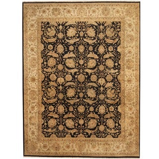 Herat Oriental Indo Hand-knotted Vegetable Dye Black/ Ivory Wool Rug (7'9 x 10'1)