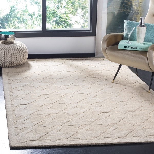 Safavieh Handmade Impressions Beige Wool Rug - 7'6 x 9'6