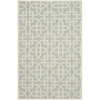 Safavieh Hand-hooked Newport Light Blue/ White Cotton Rug (5'6 x 8'6)