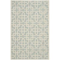 "Safavieh Hand-hooked Newport Light Blue/ White Cotton Rug - 5'6"" x 8'6"""