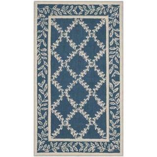 Safavieh Hand-hooked Chelsea Navy/ Cream Wool Rug (3'9 x 5'9)
