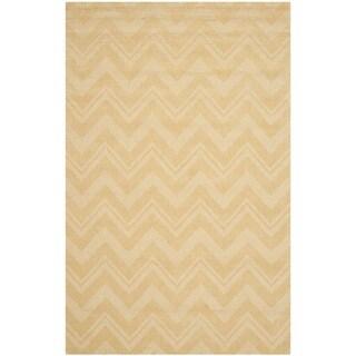 Safavieh Handmade Impressions Gold Wool Rug (4' x 6')