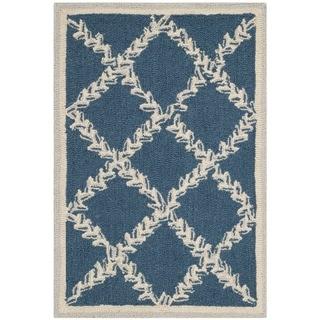 Safavieh Hand-hooked Chelsea Navy/ Cream Wool Rug (2'6 x 4')