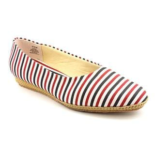 Beacon Women's 'Phoenix' Basic Textile Casual Shoes - Extra Narrow (Size 11 )