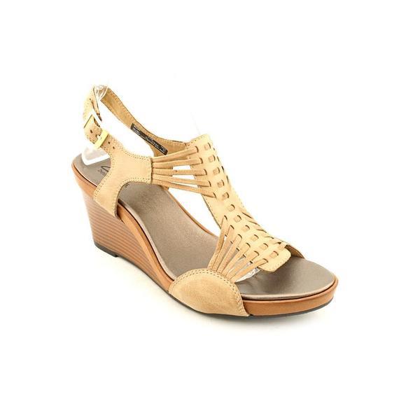 Shop Clarks Women S Star Gaze Leather Sandals Size 9 5
