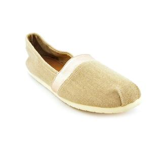 Material Girl Women's 'Mystic' Basic Textile Casual Shoes