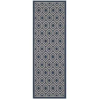 Safavieh Indoor/ Outdoor Courtyard Navy/ Beige Rug (2'3 x 6'7)