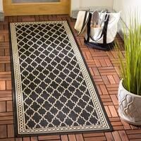 """Safavieh Courtyard Trellis All-Weather Black/ Beige Indoor/ Outdoor Rug - 2'4"""" x 12'"""