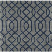 Safavieh Handmade Soho Grey/ Dark Blue New Zealand Wool/ Viscose Rug - 6' Square