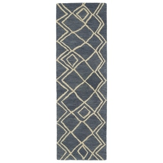 """Hand-tufted Utopia Lucca Blue Wool Rug - 2'6"""" x 8'"""