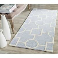Safavieh Handmade Moroccan Cambridge Light Blue/ Ivory Wool Rug - 2'6 x 6'