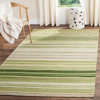 Safavieh Hand-woven Marbella Green Wool Rug (4' x 6')