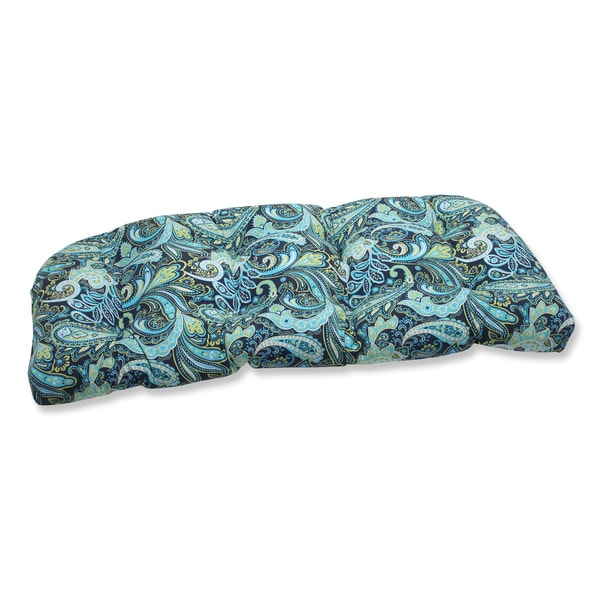 Shop Pillow Perfect Pretty Paisley Navy Wicker Loveseat Outdoor Cushion Overstock 8771199