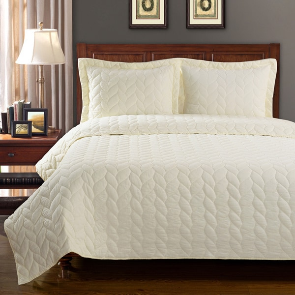 Superior Ashley Braided 100-percent Cotton 3-piece Quilt Set